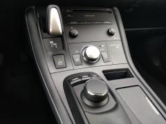 Lexus-CT-15